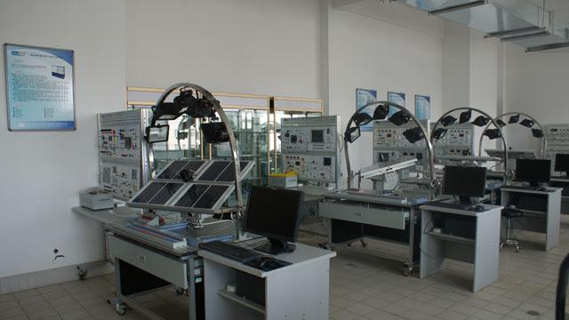 工程测量实训室简介_光伏光热实训室简介 - 能源工程系 - 武威职业学院您